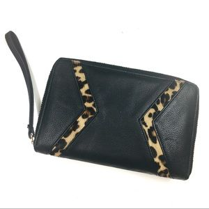 Silpada Zahara Leather Wristlet